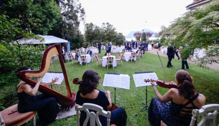 Midea orchestra esterna